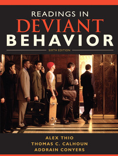 Couverture de l'ouvrage Readings in deviant behavior