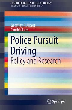 Couverture de l'ouvrage Police Pursuit Driving: Policy and Research