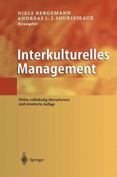 Couverture de l'ouvrage Interkulturelles management (3rd ed )