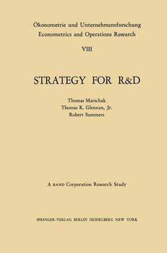 Couverture de l'ouvrage Strategy for R&D: Studies in the Microeconomics of Development