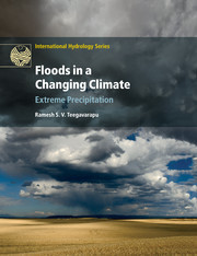 Cover of the book Floods in a changing climate