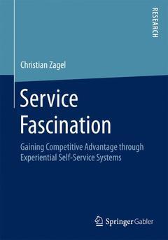 Couverture de l'ouvrage Service Fascination