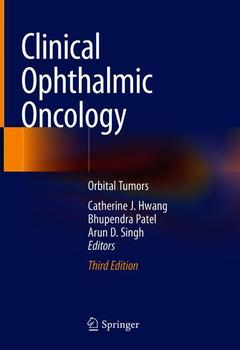 Couverture de l'ouvrage Clinical Ophthalmic Oncology