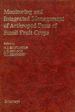 Couverture de l'ouvrage Monitoring and integrated management of arthropod pests of small fruit crops