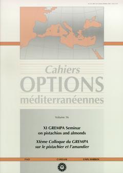 Couverture de l'ouvrage XI GREMPA Seminar on pistachios and almonds / XI° Colloque du GREMPA sur le pistachier et l'amandier (Cahiers options Mediterranéennes, vol.56)