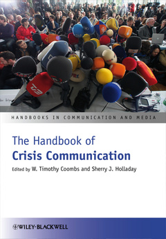 Cover of the book The handbook of crisis communication (paperback)